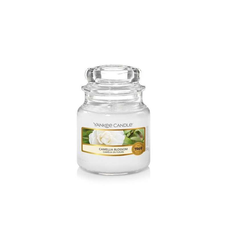 Yankee Candle Camellia Blossom - mała świeca zapachowa - candlelove